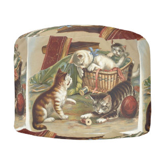 TEE Curious Cat Round Pouf