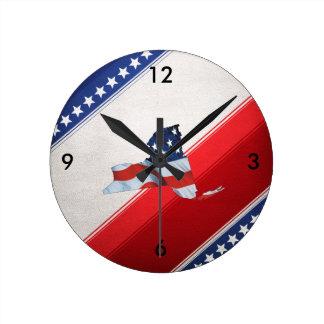 TEE New York Patriot Round Clock