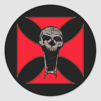 Templar cross skull round sticker