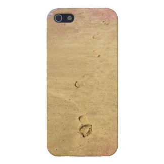Textured footprints in the sand cover for iPhone 5/5S