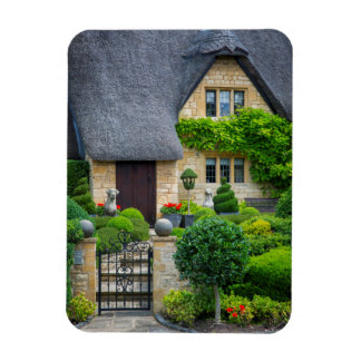 Thatched roof cottage magnet