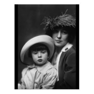 Thaw, Evelyn Nesbitt and Son by Arnold Genthe,1913 Postcard