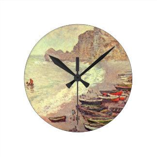 The Beach at Etretat - Claude Monet Round Clock