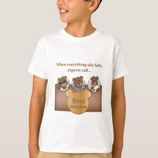 The Bear detectives logo & faces TAGLESS® T-Shirt