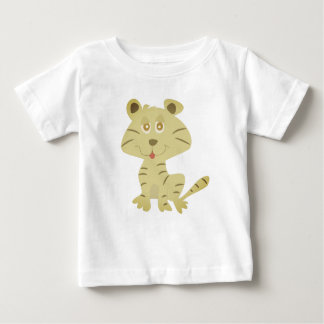 the cat is cute tshirt