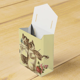 THE CATS TEA TIME FUN-TENT STYLE FAVOUR BOX