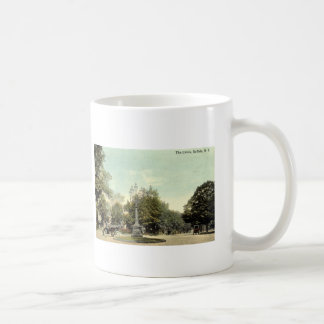 The Circle, Buffalo NY 1913 Vintage Coffee Mug