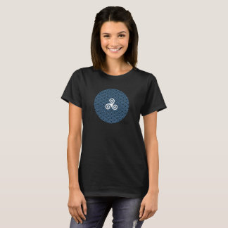 The circle of Triskel T-Shirt