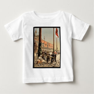 The Doges' Palace and the Columns of St. Mark's, V T Shirts
