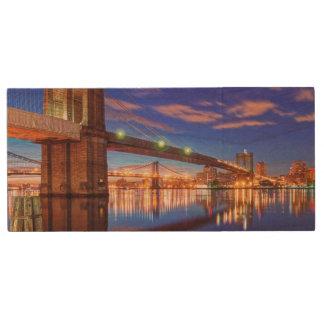 The East River, Brooklyn Bridge, Manhattan Wood USB 2.0 Flash Drive