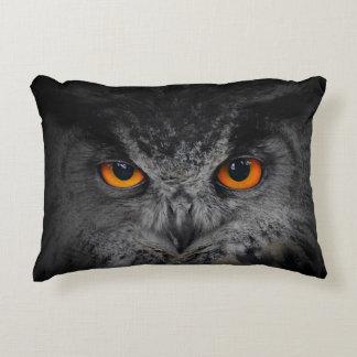 The Evil Eyes. ( Eagle Owl, Bubo Bubo) Accent Cushion