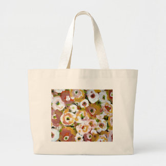 THE  FLORAL BAG THAT MATCHES THE KEDS