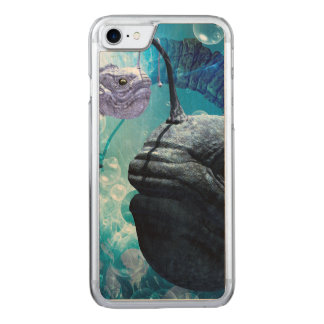 The frogfish with bubbles carved iPhone 7 case