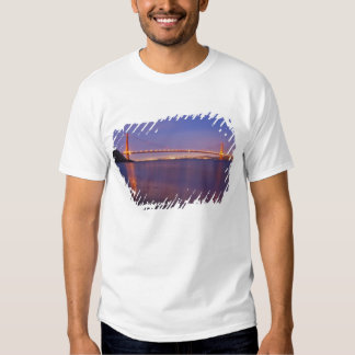 The Golden Gate Bridge at dusk from Kirby Cove Tshirts