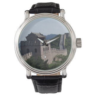 The great wall of china souvenier keychain watch