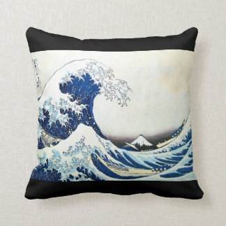 """""""The Great Wave"""" Japanese Painting by Hokusai Cushion"""
