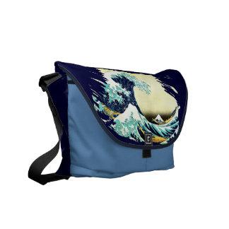 The Great Wave off Kanagawa (神奈川沖浪裏) Commuter Bags