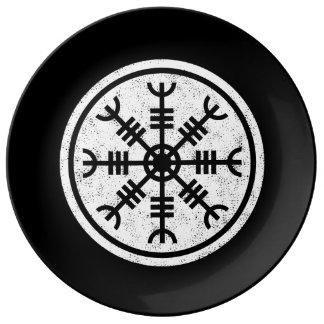 The Helm Of Awe Vikings Plate