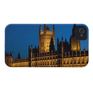 The Houses of Parliament at night in the city of Case-Mate iPhone 4 Case