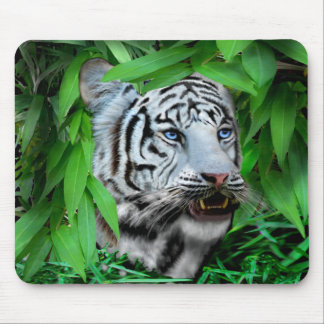 THE HUNTER MOUSE PAD
