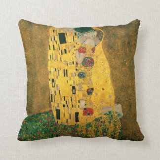 The Kiss (Klimt) pillow