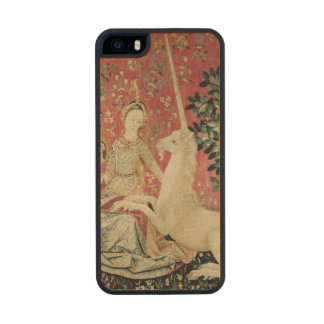 The Lady and the Unicorn: 'Sight' Carved® Maple iPhone 5 Case