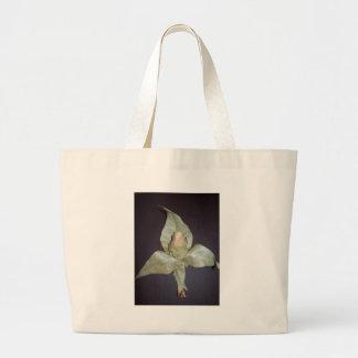 the leaf canvas bag