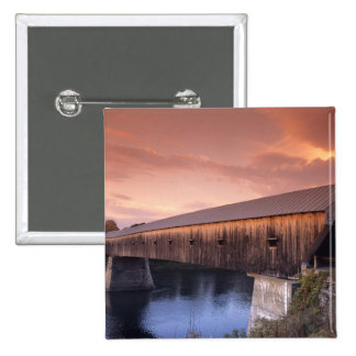 The longest covered bridge in the United States Buttons