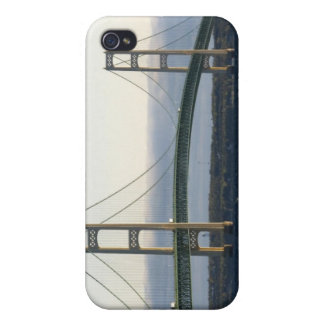 The Mackinac Bridge spanning the Straits of 4 iPhone 4/4S Cover