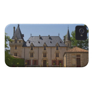 The main building of the estate  Chateau de iPhone 4 Case