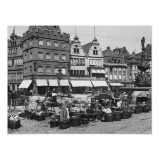 The Market Place at Trier, c.1910 Poster