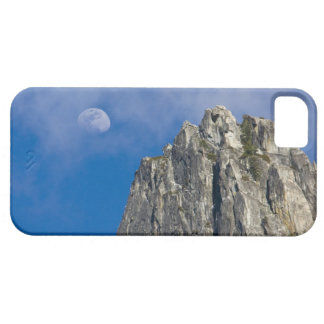 The moon rises and shines through the clouds iPhone 5 case