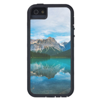 The Moutains and Blue Water iPhone 5 Case