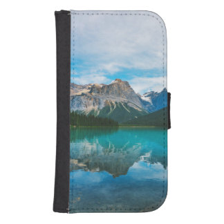 The Moutains and Blue Water Samsung S4 Wallet Case
