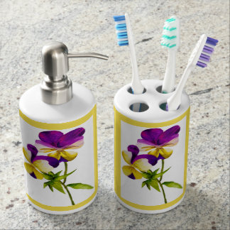 'The Pansy Party' on Bathroom Set (I)