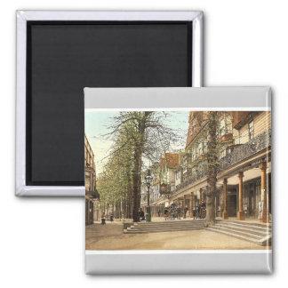 The Pantiles, III., Tunbridge Wells, England rare Square Magnet