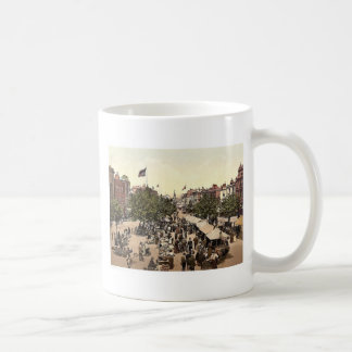 The parade (i.e., promenade), Market Day, Tannton, Coffee Mug
