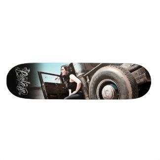 The Pixeleye - Hot Rod II of III 21.6 Cm Old School Skateboard Deck