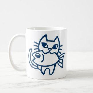 The PIYOBIGI cat gripping the fish, the ru Coffee Mug