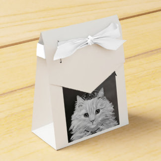 The Queen of Hearts - Vintage Cat Art Favour Box