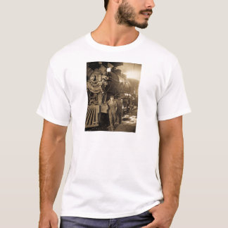 The Roundhouse Rosies of World War I Vintage T-Shirt