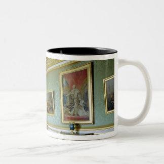 The Salon des Nobles Mugs