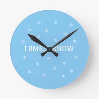 The Snow Lover Round Clock