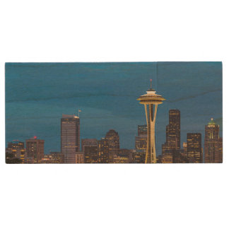 The Space Needle and downtown Seattle Wood USB 2.0 Flash Drive
