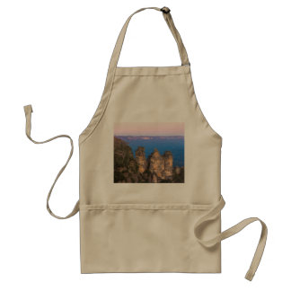 The Three Sisters, Blue Mountains, New South Wales Standard Apron