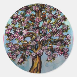 The tree of Owls Round Sticker
