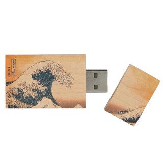 The Wave Wood USB 3.0 Flash Drive