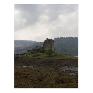 The wonderful Eilean Donan Castle in Scotland Postcard