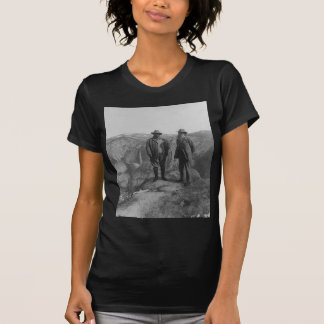 Theodore Roosevelt and John Muir on Glacier Point T-Shirt