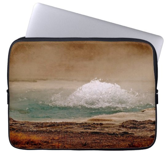 THERMAL POOL ACTIVITY IN YELLOWSTONE NATIONAL PARK LAPTOP SLEEVE